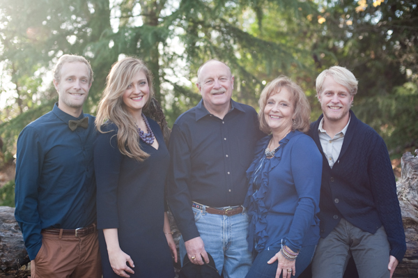 Grown up family portrait by Seattle photographer Sea Studio